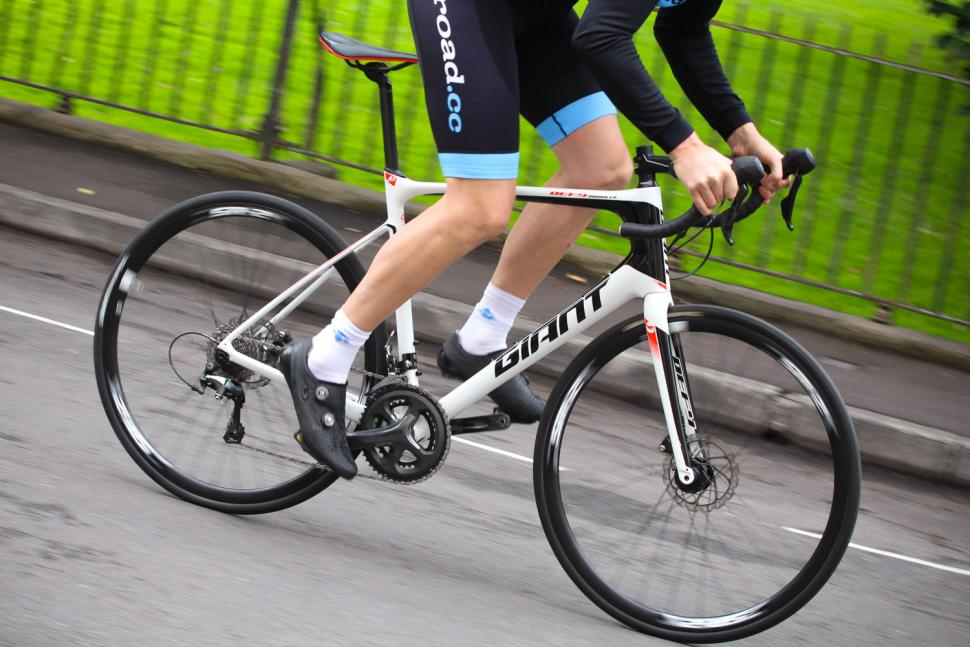 Review Giant Defy Advanced 3 Road Cc