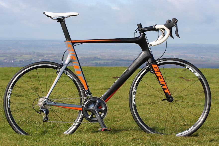 giant-propel-advanced-1-full-bike.jpg