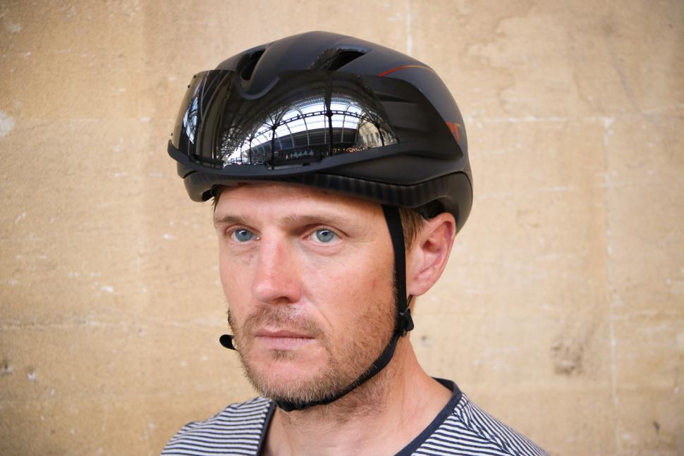 Giro Vanquish helmet - front.jpg