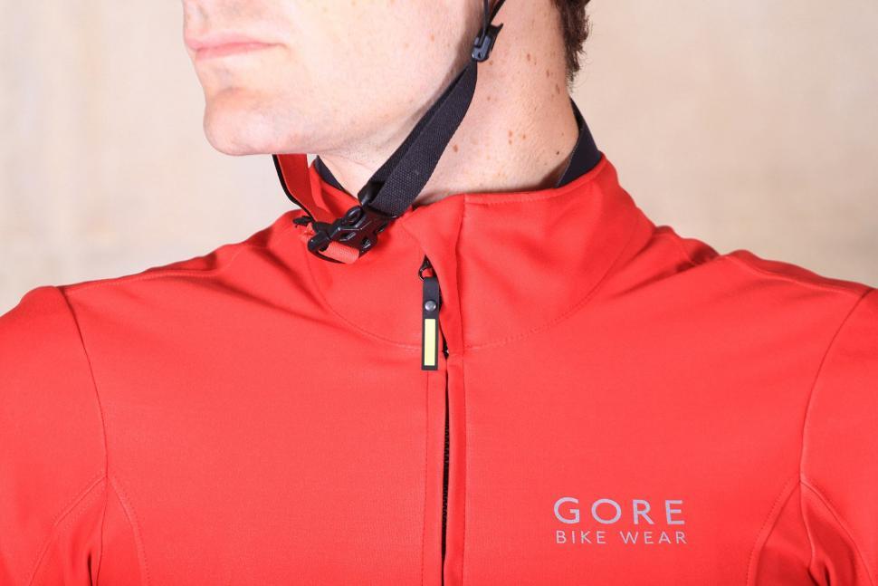 Gore Power Windstoper Softshell Jersey - collar.jpg