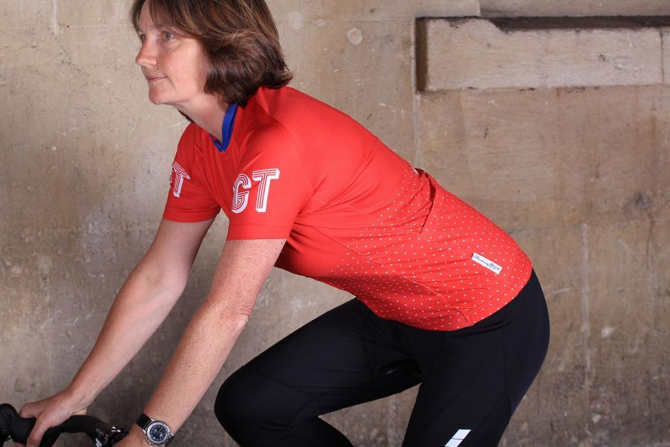 Hackney GT Womens Trackster Red Short Sleeve Jersey - riding.jpg