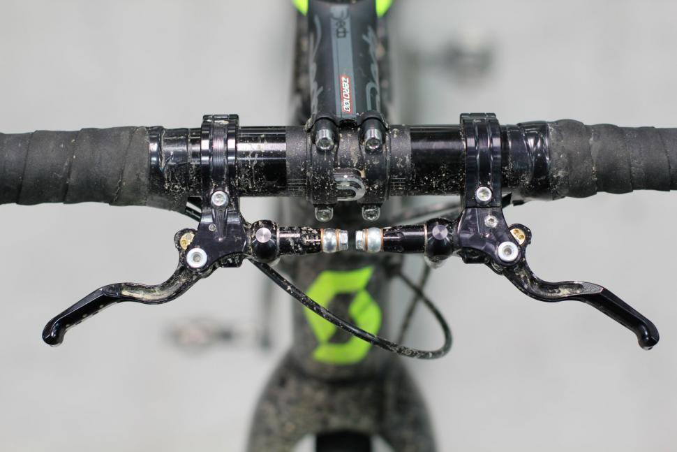 Hope Unveils New Inline Hydraulic Crosstop Brake Levers