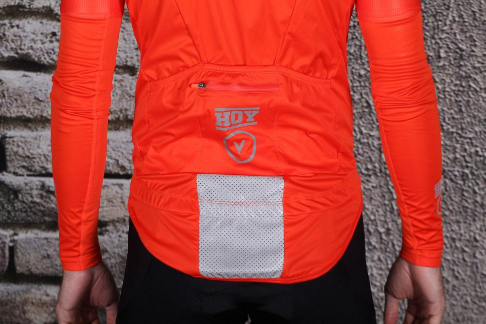HOY Vulpine Mens Fortress Jersey and Arm Warmers - tail.jpg