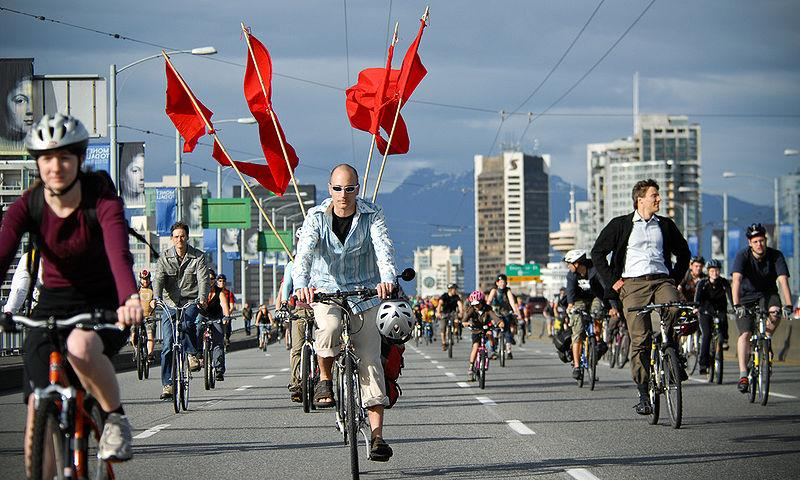 Critical Mass Vancouver © Tavis Ford