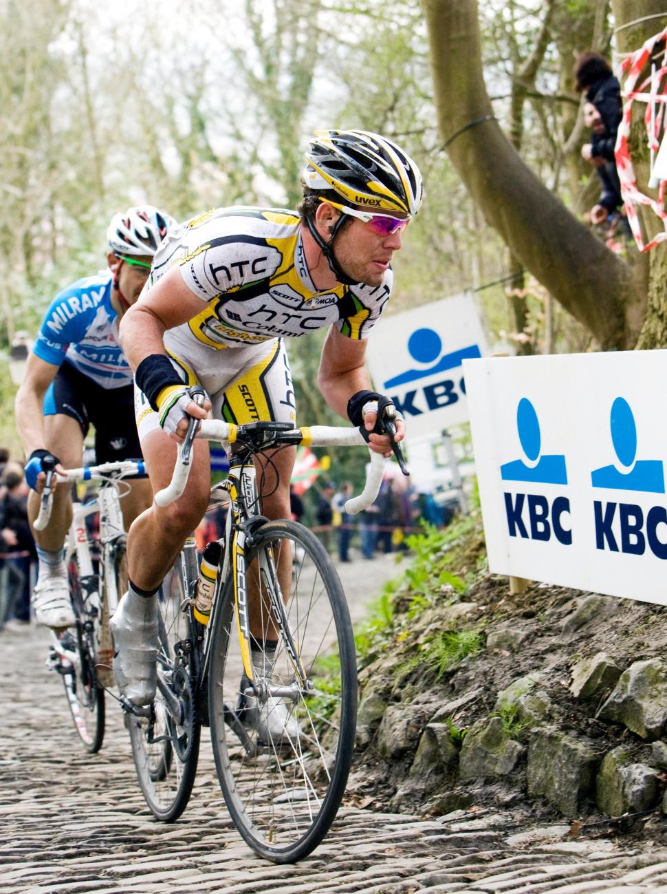 Cavendish on the Muur at Tour of Flanders 2010 / Photosport International