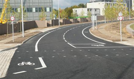 Addenbrooke's access road, courtesy Cyclestreets.net_.jpg