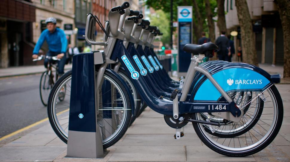 Barclays Cycle Hire Scheme bikes on hire station © Simon MacMichael.jpg