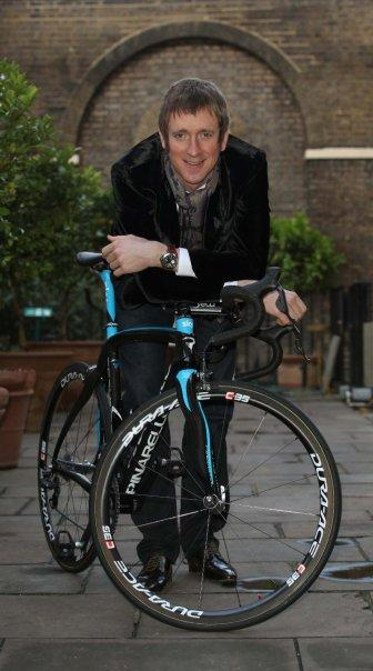 Bradley Wiggins unveiled by Team Sky.jpg