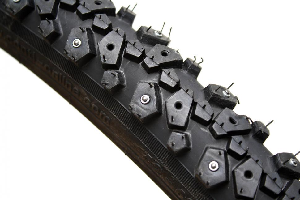 Continental Nordic Spike 120 tyre