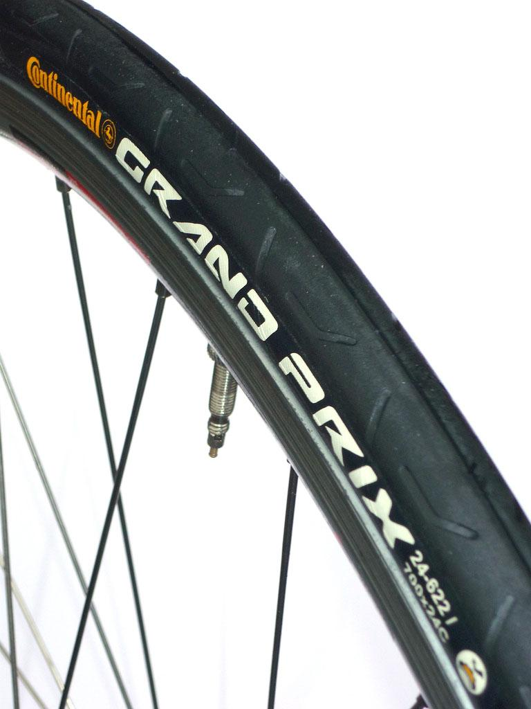 Review Continental Grand Prix 700x24c Tyre Road Cc