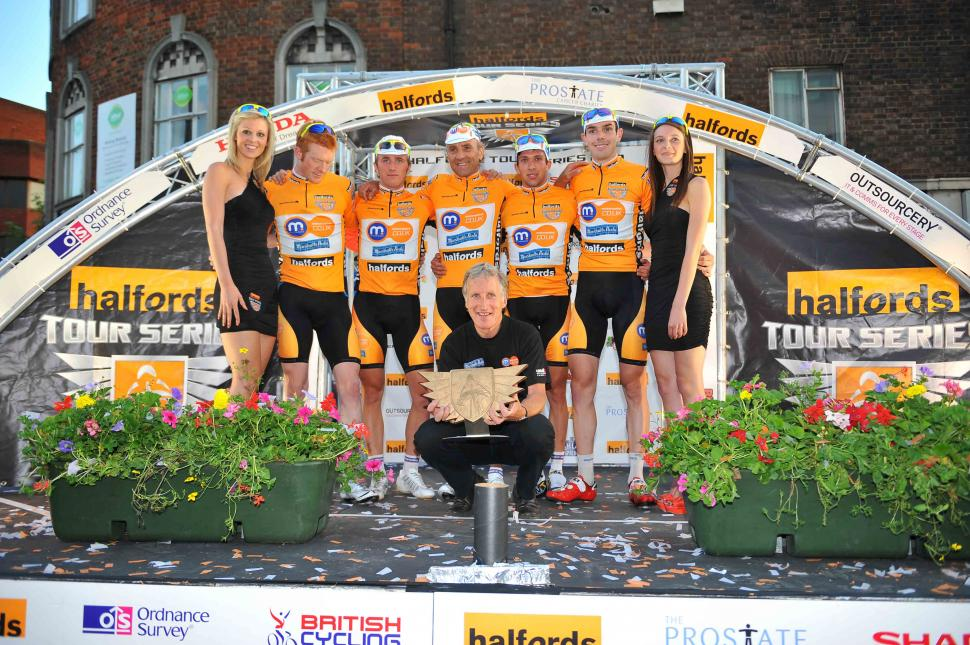 Halfords Tour Series 2010: Champions Motorpoint Marshalls Pasta ©Tour Series