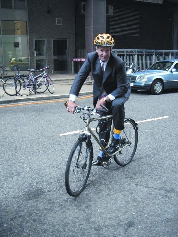 Jon Snow bike (from Twitpic)