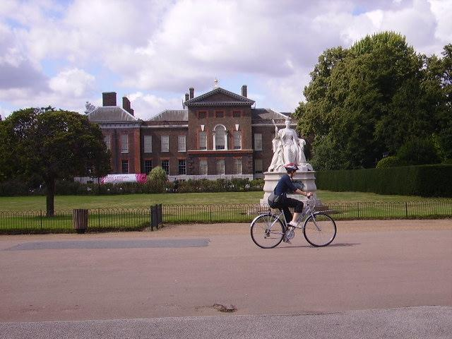 Kensington Palace Cyclist.jpg