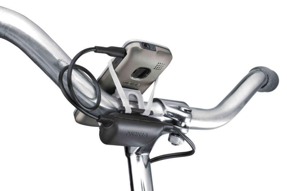 Nokia Bicycle Charger Kit (picture credit Nokia).jpg