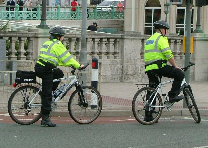 Police cycling patrol, pic Les Chatfield.jpg