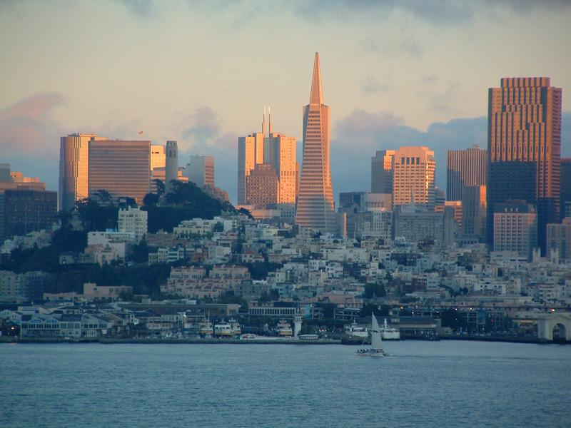 San Francisco at sunset (Creative Commons Digon3)