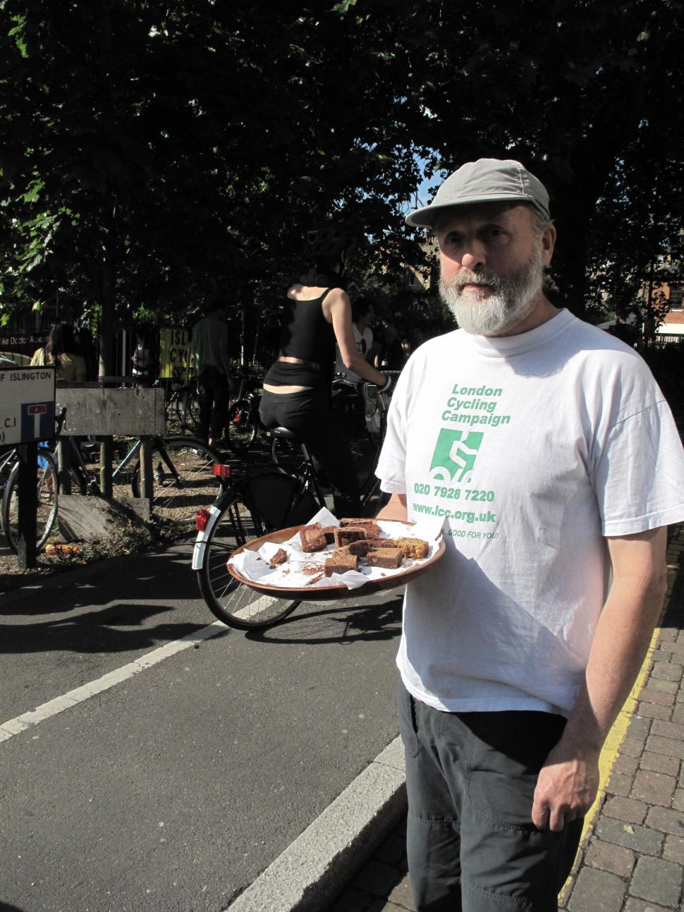 Free homemade chocolate brownies at the bike breakfast
