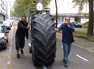 Dutch monsterbike