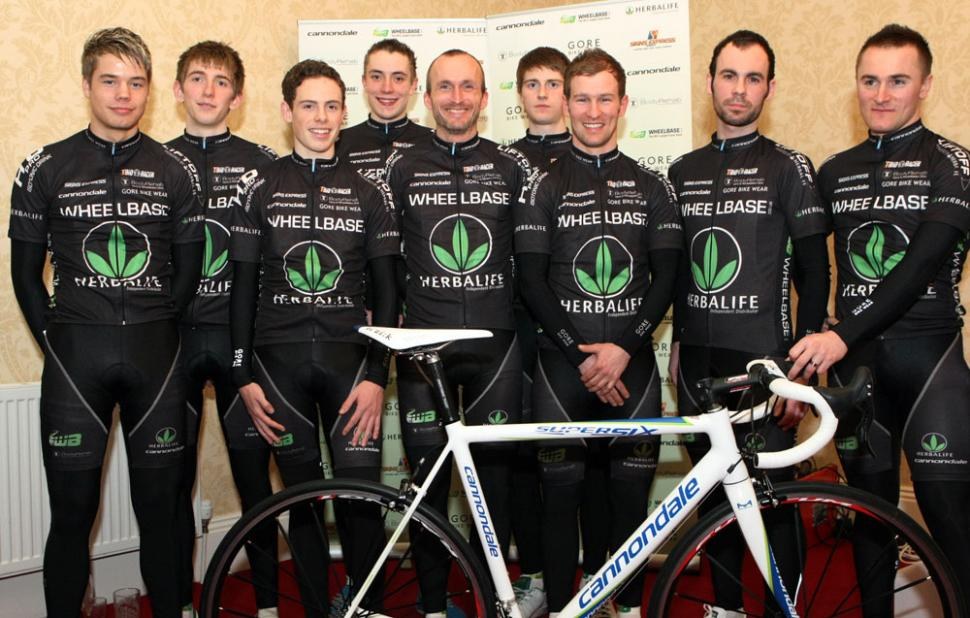 herballife team pic 2009.jpg