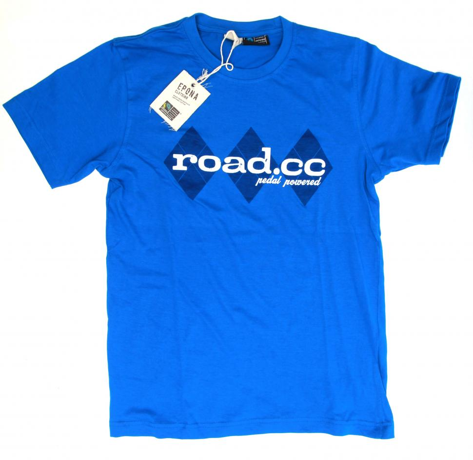 road.cc tee blue on white