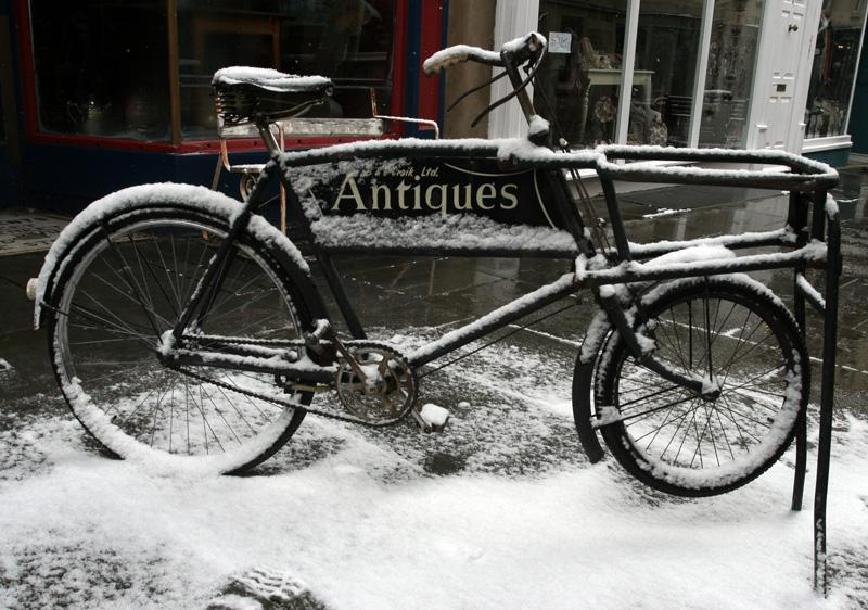 Snowy bike in Bath [1]