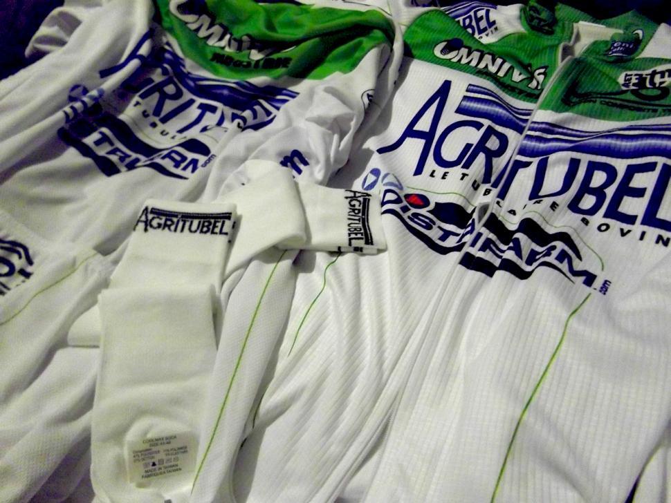 Agritubel Team Kit