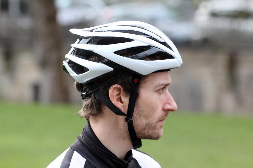 Review Bontrager Velocis Helmet Road Cc