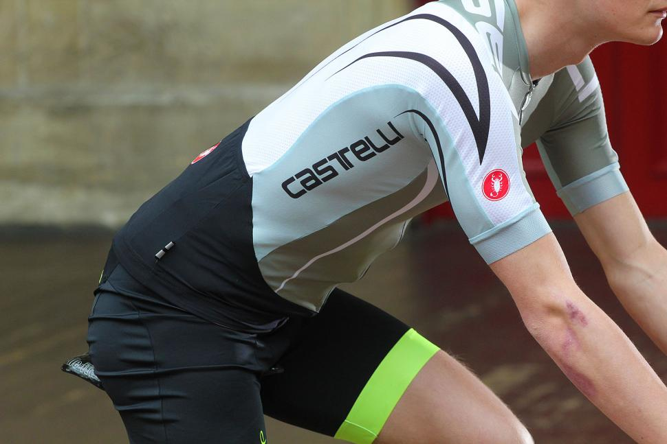 Review Castelli Aero Race 5 0 Jersey Road Cc