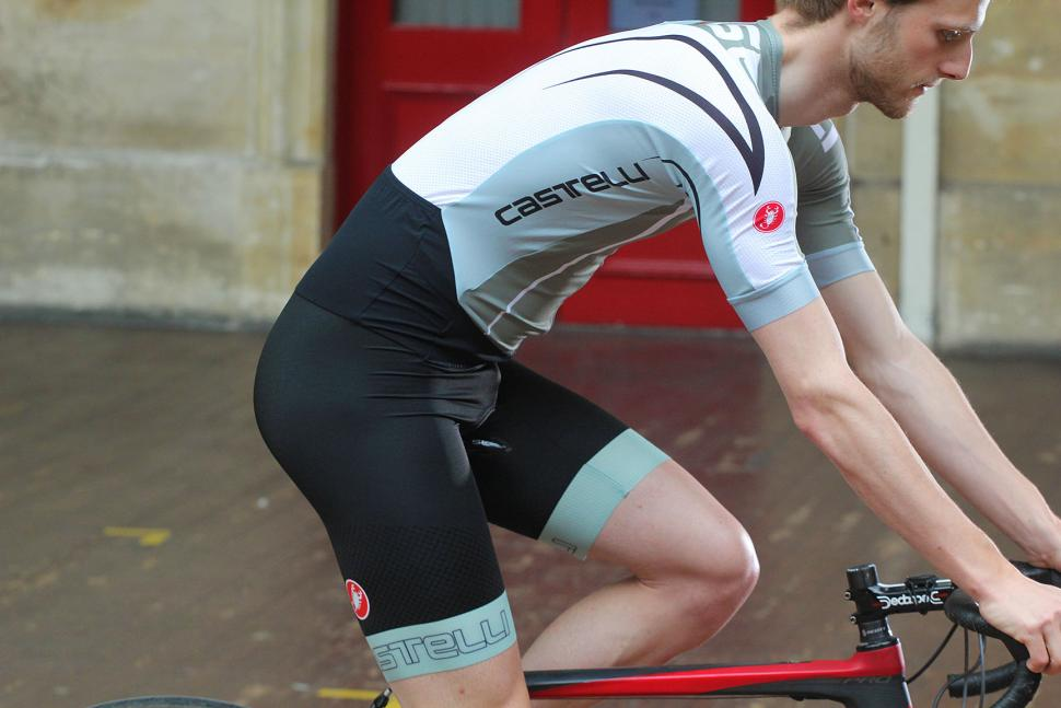Beginners Guide To Cycling Clothing Do You Really Need All That - Two cycling kits worst designs ever