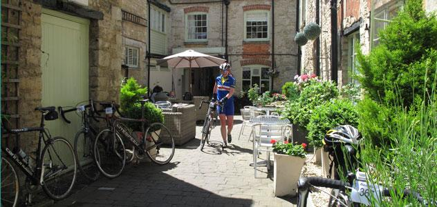 Cotswold Cycling Breaks 1