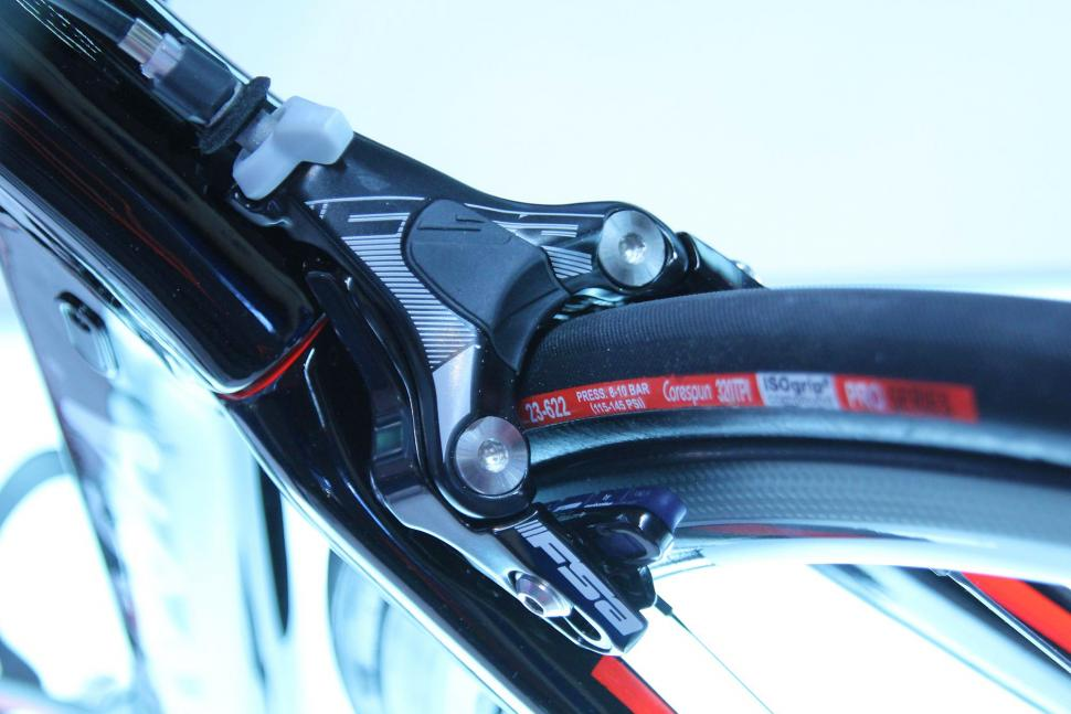 Fsa Quot Delta Quot Brake Prototype Spotted At Eurobike Road Cc