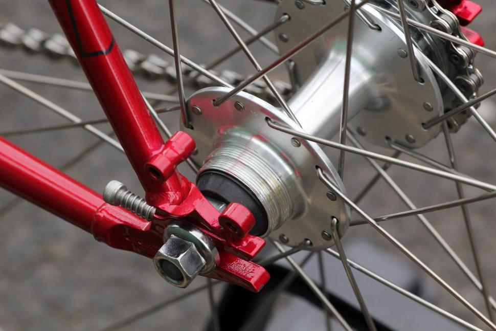 Задняя втулка велосипеда с фиксированной передачей