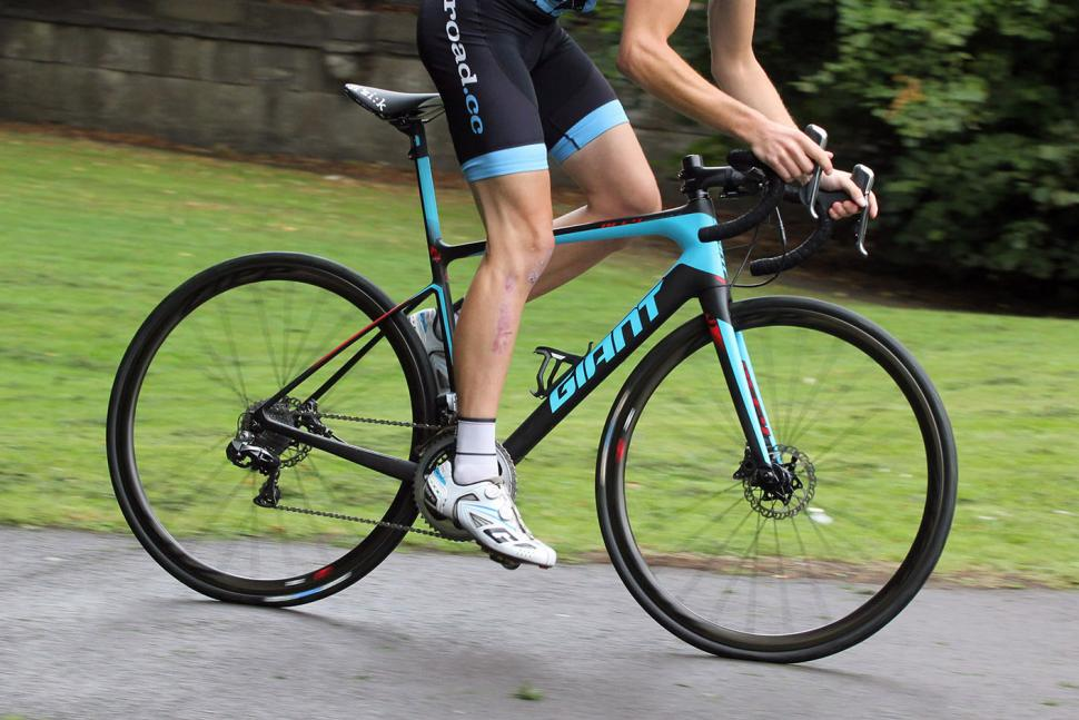 Review Giant Defy Advanced Sl Road Bike Road Cc