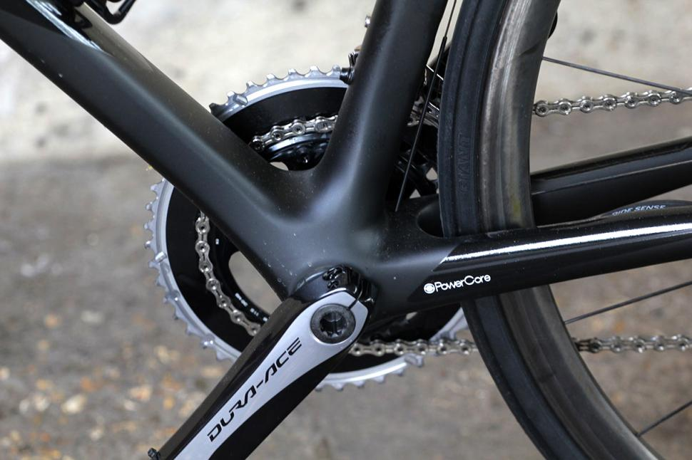 Giant TCR Advanced - bottom bracket