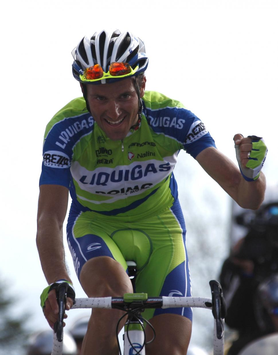 Ivan Basso wins Stage 15 of the 2010 Giro d'Italia (photo:Pentaphoto-Marco Trovati)