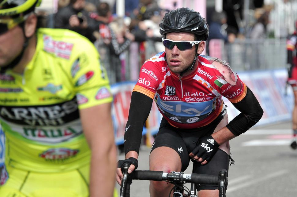 Giro 2012 S3 Battered Cav (picture Gian Mattia D'Alberto - LaPresse - RCS Sport)
