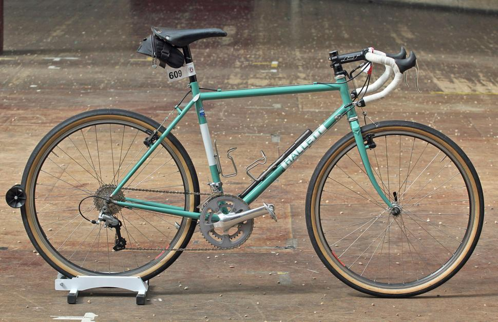 Thumbnail: Richard Hallett of Hallett Handbuilt Cycles has been dabbling with the 650b wheel size and appears convinced of the benefits.