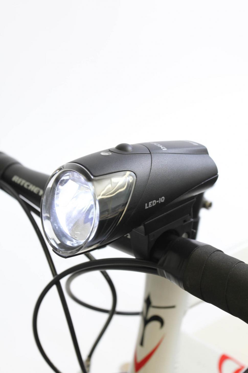 Ixon IQ rechargable front light - mounted