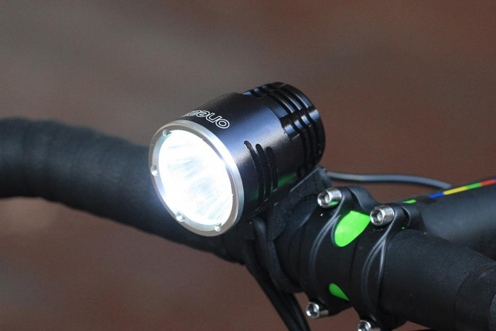 Review One23 Extreme Bright 1000 Road Cc