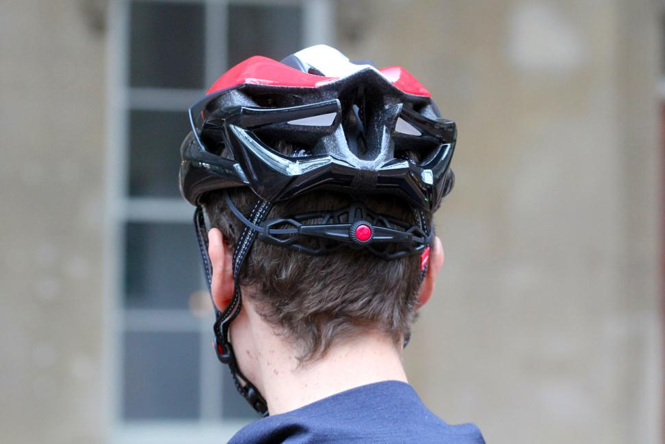 met sine thesis helmet weight Already revered as being one of the lightest, if not the lightest, road helmets on the market, met has taken its flagship sine thesis helmet, and put safety on par with comfort and weight.