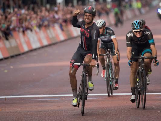Adam_Blythe_wins_2014_Prudential_RideLondon-Surrey_Classic_(picture_credit_Sportsbeat)