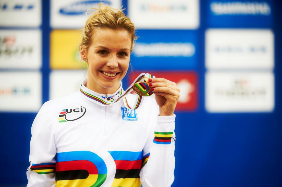 Becky James with World Championship gold, Minsk 2013 (copyright Britishcycling.org.uk)