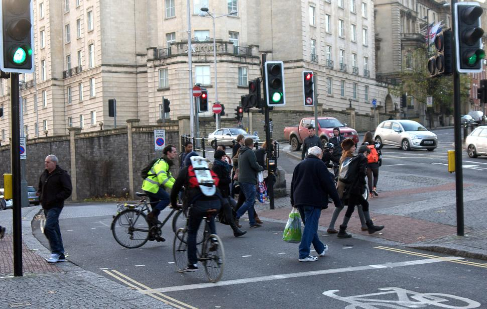 Bikes and pedestrians (CC licensed image by samsaundersleeds:Flickr)