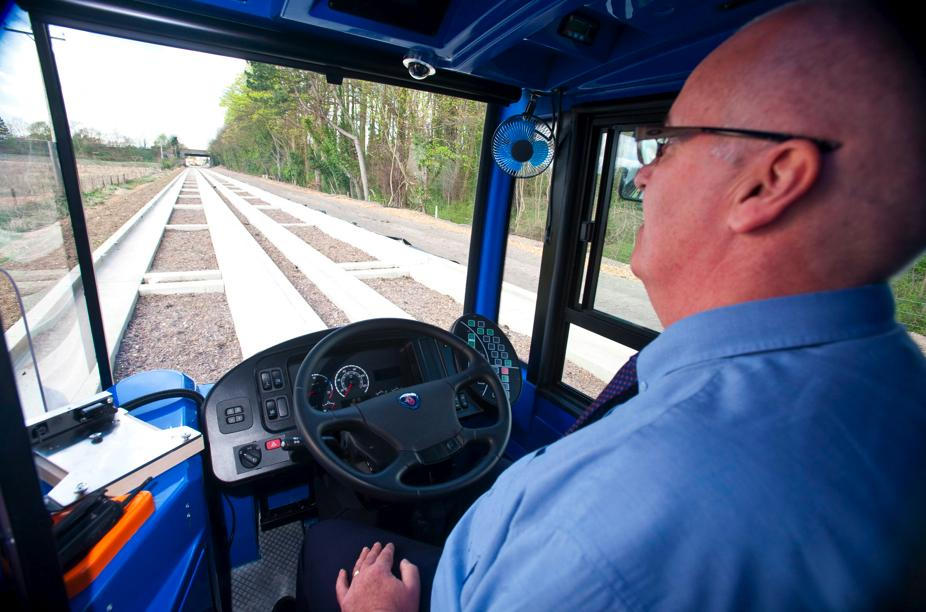 Cambridge Guided Busway (picturecredit Scania (Great Britain) Ltd.jpg