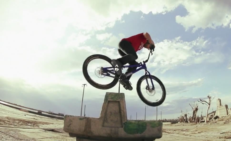 Danny Macaskill Epecuen.png