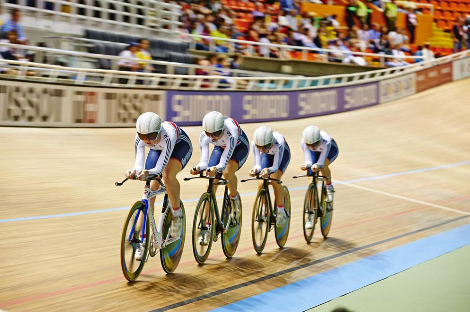 GB women's team pursuit win gold in Cali World Championships 2014 (copyright Britishcycling.org)