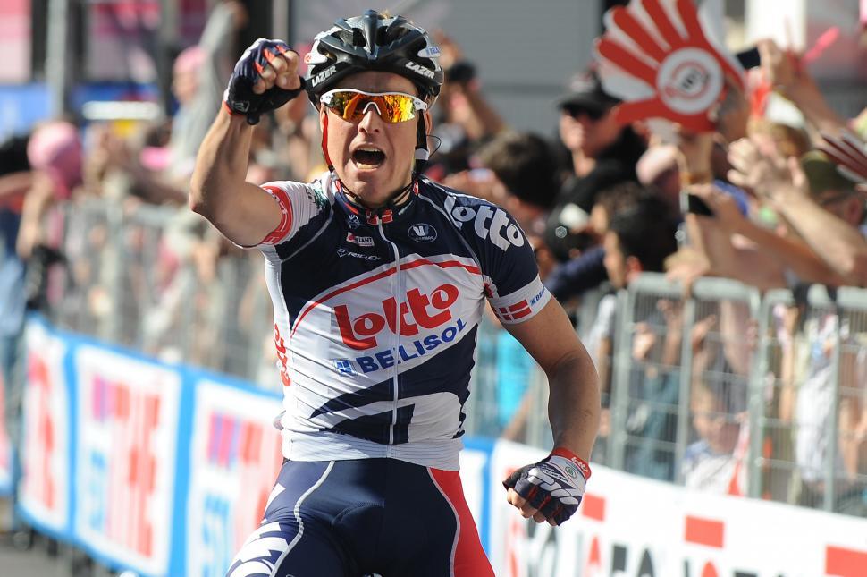 Giro 2012 S12 Lars Bak wins in Sestri Levante (Fabio Ferrari - LaPresse - RCS Sport)