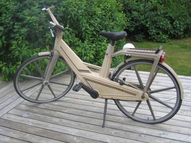 Rare Plastic Itera Bike Stolen From Bakelite Museum