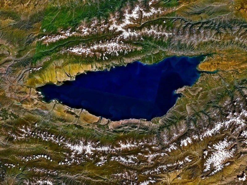 Lake Issyk Kul (picture source  - NASA)