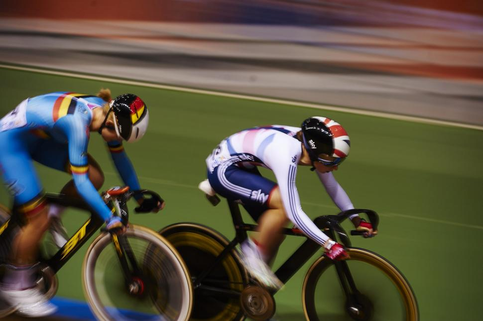 Laura Trott in the elimination race at Cali World Championships, 2014 (copyright Britishcycling.org.uk)